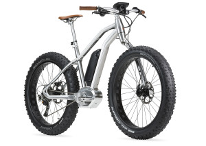 starck_bike_snow_naked_av